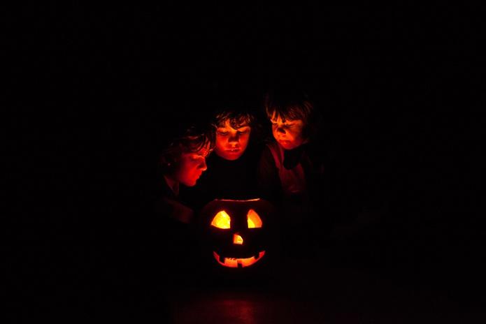 Cosi-Tabellini-Italian-Pewter-Journal-The-Humble-Candle-4-Halloween