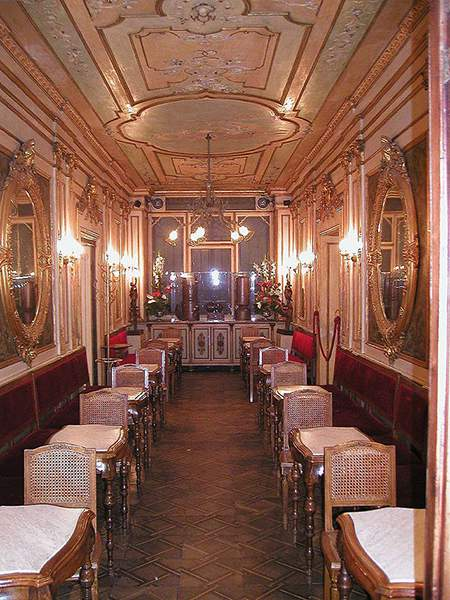 Inside of Caffè Florian, Piazza San Marco, Venice. Image courtesy of Wikimedia Commons