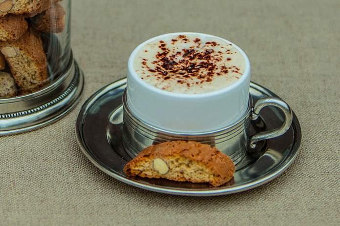 Cosi-Tabellini-Italian-Pewter-Journal-Italian-caffe-culture-5-Cappuccino